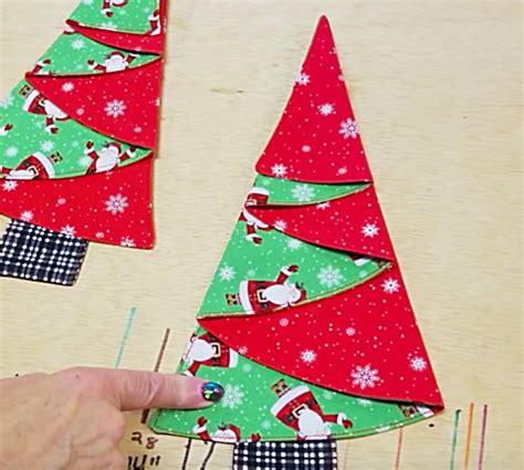 learn  sew  minute christmas tree napkins