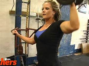 Nicole Wilkins & Adela Garcia Train Shoulders Part 1 on Vimeo