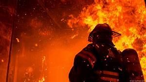 Coole Feuerwehr Hintergrundbilder : fireman wallpaper wallpapersafari ~ Watch28wear.com Haus und Dekorationen