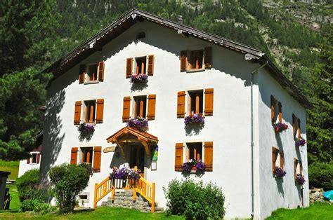 chambres d hotes haute savoie location vacances chambre d 39 hôtes l 39 anatase à vallorcine