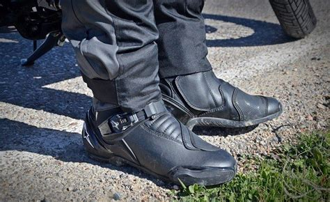 motorcycle street racing boots hands on review alpinestars street racing motorcycle boots
