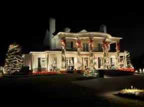 wonderful christmas house lights pictures photos and images for facebook tumblr pinterest