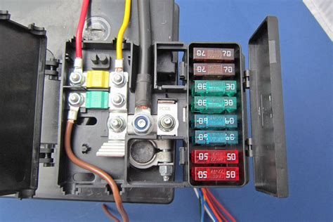 Dual Battery Wiring Fuse Box by Battery Mounted Fusebox