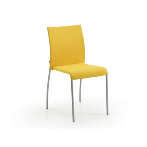 chaise jaune moutarde stunning chaise de cuisine jaune images lalawgroup us