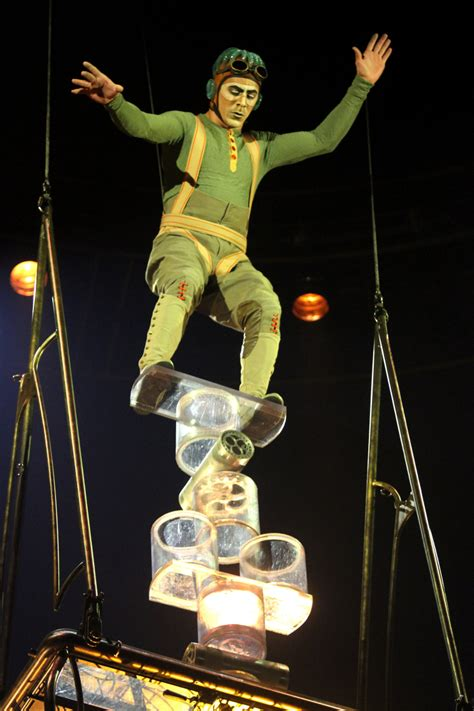 cirque du soleil s kurios thrills in steunk mode