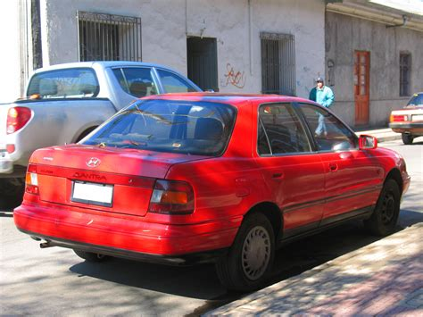 1992 Hyundai Elantra by Hyundai Elantra 1 6 1992 Auto Images And Specification