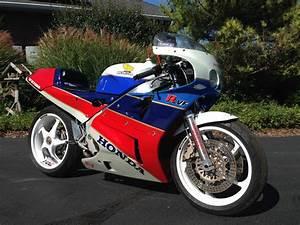 Honda Rc 30 : big bang theory 1988 honda rc30 rare sportbikes for sale ~ Melissatoandfro.com Idées de Décoration