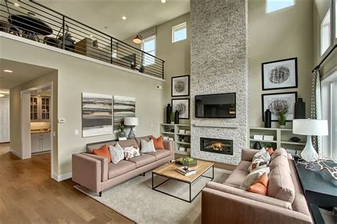 love   story open great room   full height
