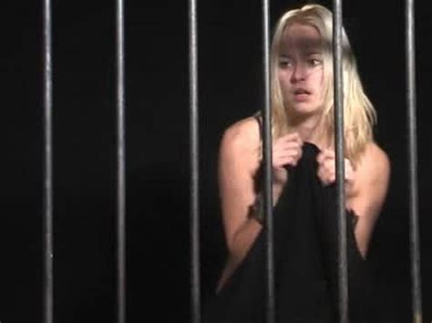 Shackled Maidens - Lisa dungeon - ThemisCollection