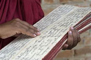 The Earliest Collection of Buddhist Scripture