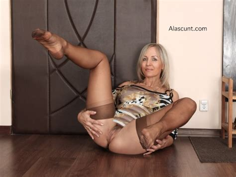 Hot Matures Ala Milf
