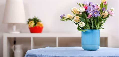 Chi l'ha detto che i fiori devono stare in vasi appoggiati su qualche mobile o. Pillole di interior design: arredare casa con i fiori - Habitante arredare casa con i fiori