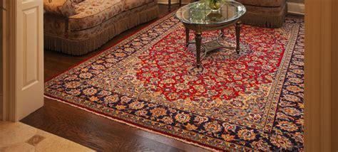 comment nettoyer un tapis d orient le tapis contemporain de l sous les pieds d 233 cor salon marocain