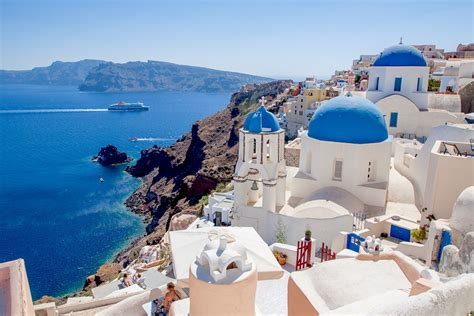 Santorini Greece Pros And Cons Eat Work Travel