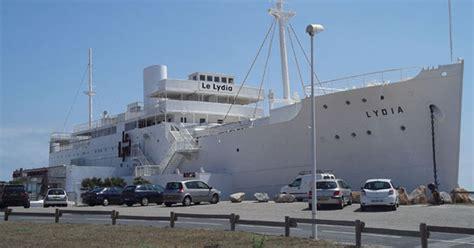 bateau de croisi 232 re le lydia transform 233 en p 244 le touristique