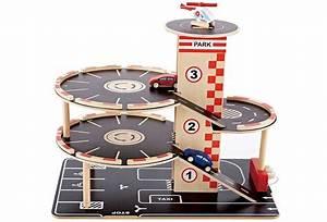 Garage Voiture En Bois : garage en bois jouet hape pour petites voitures pour enfant 3 8 ans ~ Dallasstarsshop.com Idées de Décoration