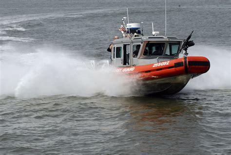 Intrepid Boats Wiki by File Us Navy 090523 N 5033p 172 A U S Coast Guard Patrol