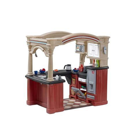 Kiddie Kitchen Play Set by Step2 Grand Walk In Kitchen Playset 8562kr The Home Depot