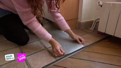 comment poser un sol vinyl sur carrelage choisir et poser un sol vinyle autocollant sans colle minutefacile