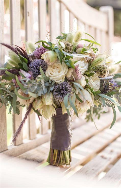 bouquets  neutral toned rustic bouquet