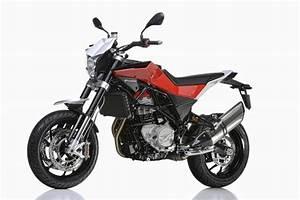 Husqvarna Nuda 900 : motorcycle specification 2013 husqvarna nuda 900r ~ Medecine-chirurgie-esthetiques.com Avis de Voitures