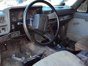 1986 Toyota 4runner Dlx  2 4l Auto 4wd  Color White  Stk