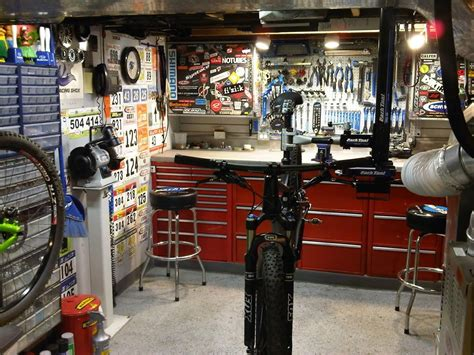 ceiling mounted seat post clamp stand solution bike room