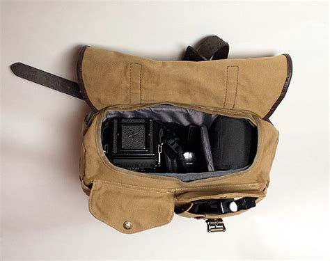 camera bag filson style red clay soul
