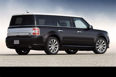 curious ford flex set   killed   carscoops
