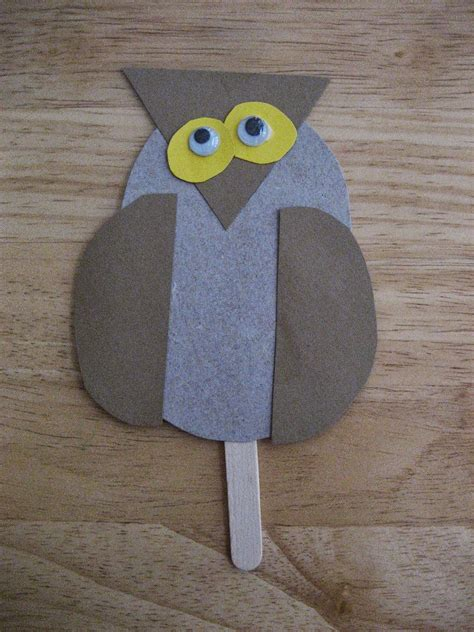 toddler approved  book inspired zoo crafts