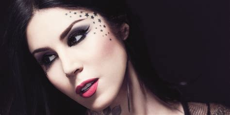 Kat Von D Doesn't Give Makeup Tips, Still Has The Best One Ever