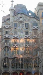Paseos Art Nouveau: Façade de la Casa Batlló, Antoni Gaudi ...