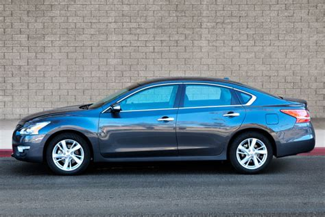 Best Size Sedan by Popmech Tested Which Midsize Sedan Is The Best