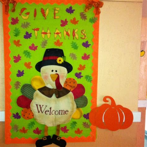 thanksgiving bulletin board preschool door decorating