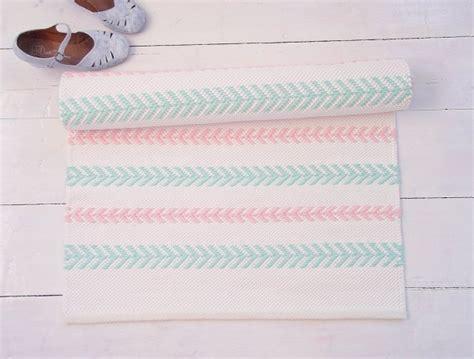 tapis de chambre fille tapis chambre bébé 29 tapis vraiment craquants
