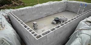 comment construire une piscine creusee maconnee With comment construire une piscine en beton