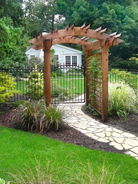 Outside Trellis by 17 Best Ideas About Wrought Iron Trellis On