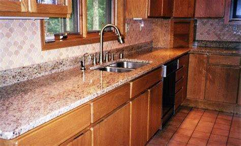 kitchen countertops and backsplash features 25 years of custom cabinets