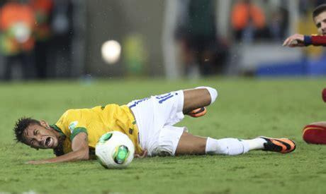 Brazil Neymar Have Throat Surgery Before Barcelona