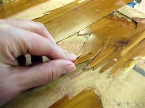 difference  laminate  wood veneer furniture