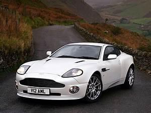 Aston Martin Vanquish S : aston martin vanquish s specs 2004 2005 2006 2007 autoevolution ~ Medecine-chirurgie-esthetiques.com Avis de Voitures