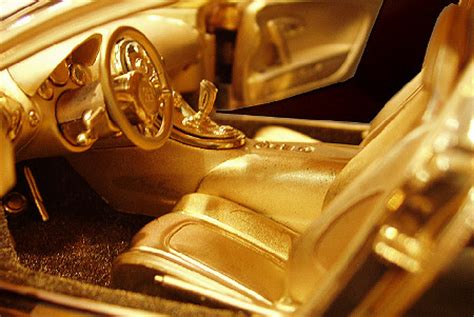 1 18 scale gold and diamond bugatti veyron nearly twice as