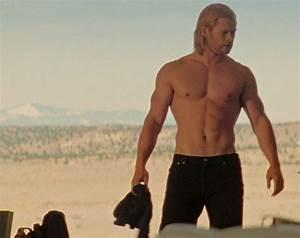 Thor's GLORIOUS Body: A Glance Back on Chris Hemsworth ...