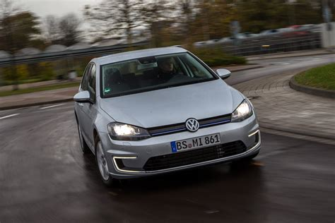 Vw Golf Plug-in Hybrid Review| Auto Express