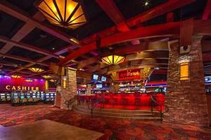Red Parrot Lounge Lounge Design & Renovation