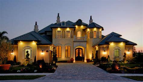 Luxury Homes Redefined In Oakville