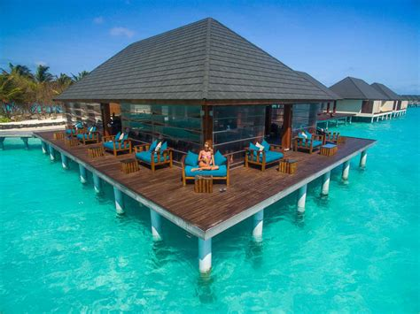 Summer Island Maldives  Over The Water Bar1 Getting