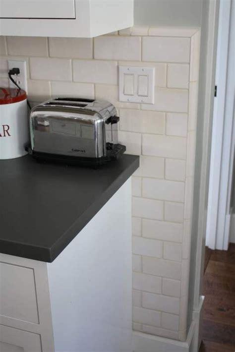 how to put up tile backsplash in kitchen really want to put up white subway tile backsplash in my 9820