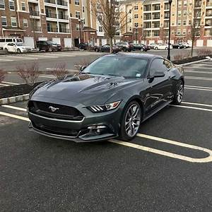 6th gen 2016 Ford Mustang GT 5.0 425 HP low miles For Sale - MustangCarPlace
