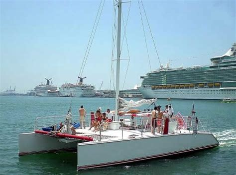 ft great white party catamaran yacht  charter